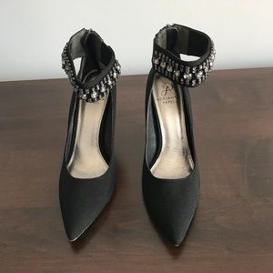 Adrianna Papell Black jeweled ankle strap pumps